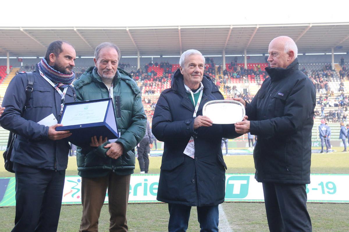 Festa a Cremona per gli 80 anni di Gigi Simoni, il mister più vincente della Serie B