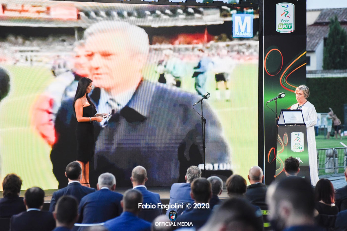 La Lega di Serie B omaggia Gigi Simoni